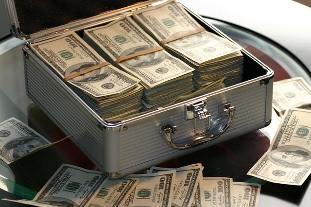 Lån penge til at investere i aktier